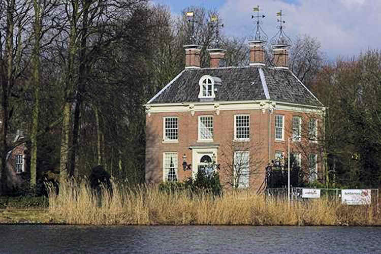 Amstelrust manor