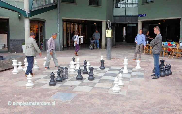 Public chessboard on Max Euweplein