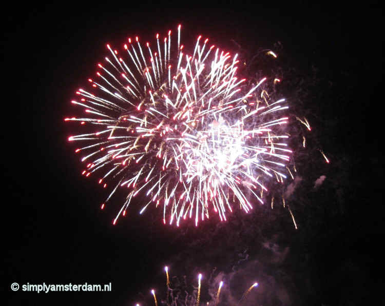 US Consulate issues warning about firework in the Netherlands