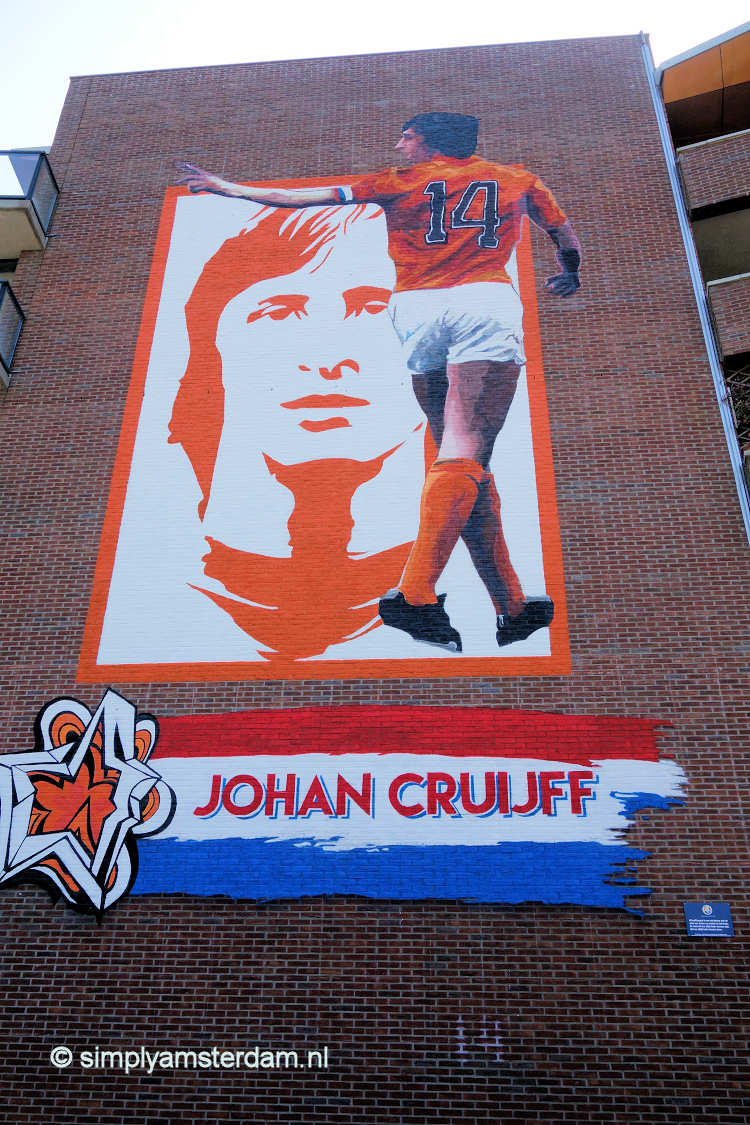 Johan Cruijff mural in Amsterdam East