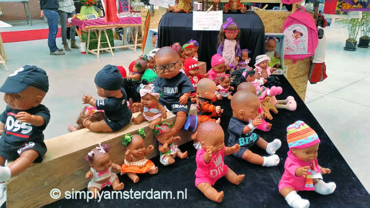 Yada Yada, dolls for sale